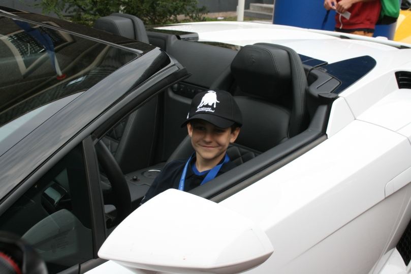 Ook nog even op de foto in deze Lamborghini.