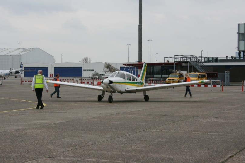 De Piper Archer 2 waar we in mee mochten vliegen.
